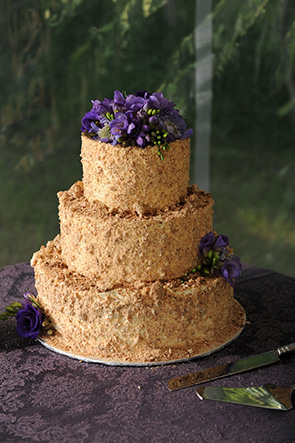 Burlap Weddings Unique Wedding Cakes